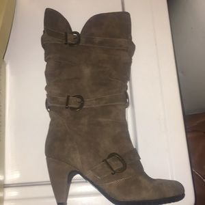 Brand new Cathy Jean calf brown boots